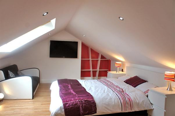 Bedrooms available in shared house, ALL BILLS INCLUDED, close to amenities, public transport, DIDSBURY