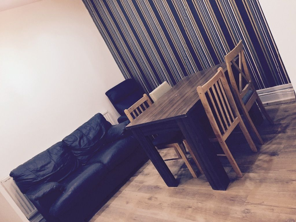 7 Double bed house, close to amenities, University, transport, city centre, Student or Professionals
