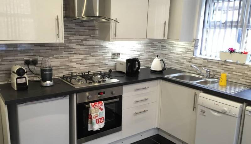 beacomsfield kitchen 1